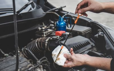 The Different Types of Motor Oil and Their Pros & Cons